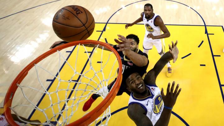 """Nisu samo Lakersi i Knicksi """"zagrijani"""" za Davisa"""