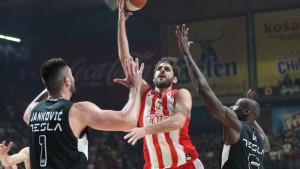 Crvena zvezda ponizila Partizan u trećoj utakmici i plasirala se u finale ABA lige