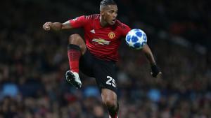 Valencia definitivno odlazi iz Uniteda: Otac otkrio četiri opcije