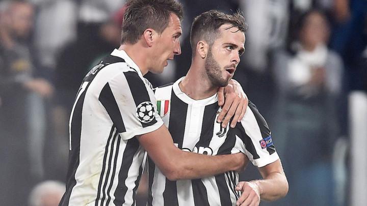 """Bolna noć i detalji iz Juventusove svlačionice: """"Mandžukić je ležao na podu, Pjanić je jedva živio"""""""