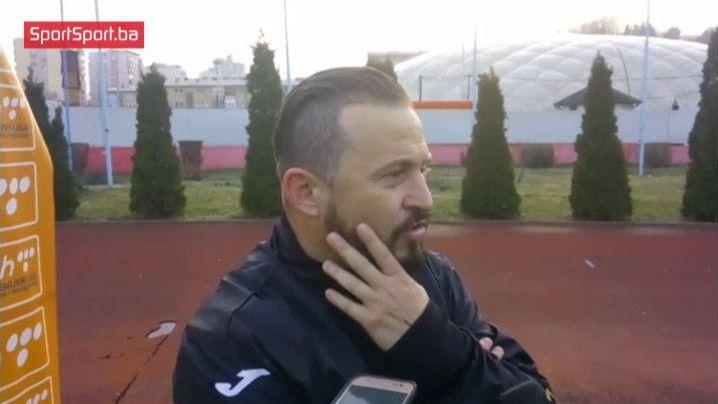 Mulaliću utakmica čudna, navijač mu dobacivao: Vrati ženi helanke