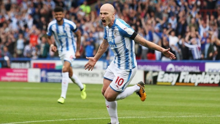 Dječak našao pet funti i poklonio ih junaku Huddersfielda