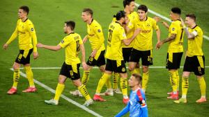 Borussia se u polufinalu Kupa poigrava s protivnikom, vodi 5:0 na poluvremenu