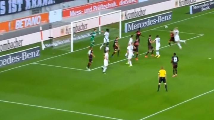 Hladan tuš u Stuttgartu: HSV stigao do vodstva, a igrači se sjetili da ne smiju slaviti gol