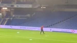 Igrač Arsenala nakon utakmice tražio zube po terenu