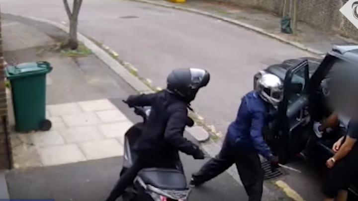 Policija objavila dosad neviđeni snimak: Tek sad se vidi koliko je Kolašinac bio hrabar