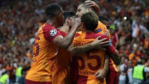 Ubjedljiva pobjeda Galate, Schalke i Porto remizirali