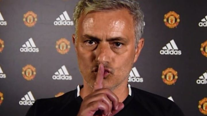 """Mourinho završio meč u Middlesbroughu u """"ludoj"""" formaciji"""