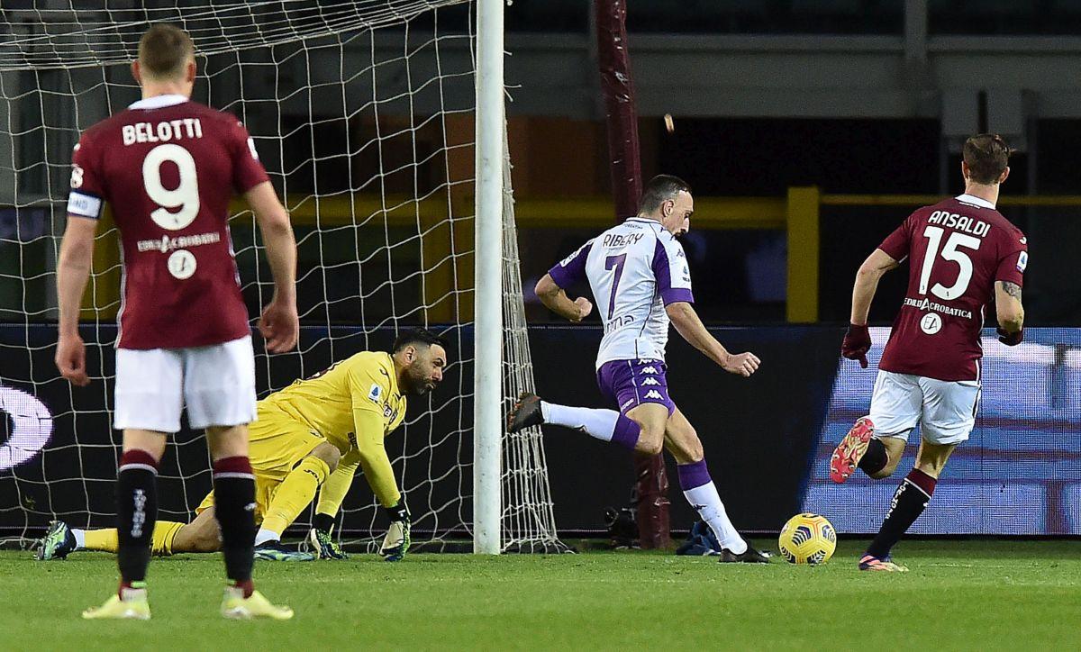 Gojaku ni sekunda na terenu, Torino sa dva igrača više nije pobijedio Fiorentinu