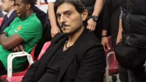 Ludilo u Ateni: Olympiakos napustio teren, Giannakopoulos ostavio žensko rublje na klupi Pirejaca