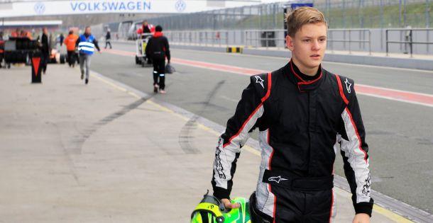 Prva pobjeda Micka Schuamchera u Formuli 4