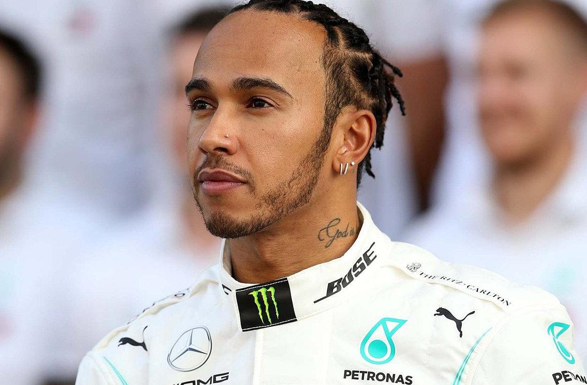 FIA otvorila istragu protiv Lewisa Hamiltona zbog spornog natpisa na majici