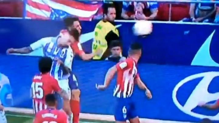 Glavni sudija je danas poklonio pobjedu Atleticu i teško oštetio Valladolid