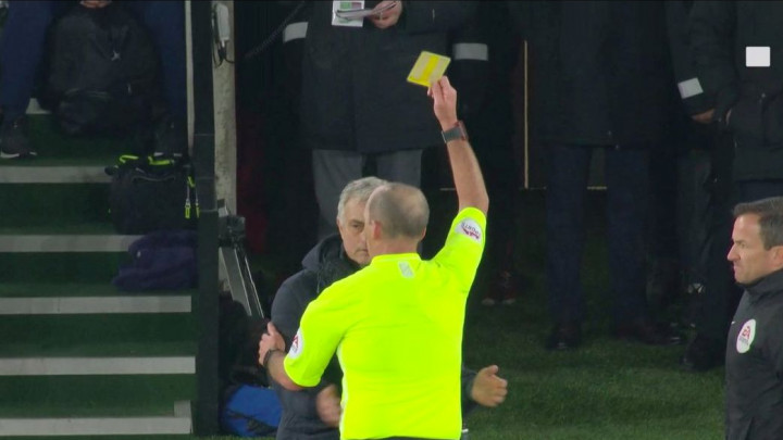 Niko kao Mourinho: Špijunirao šta pišu treneri Southamptona, pa dobio žuti karton