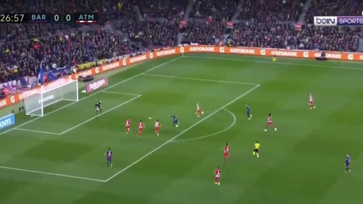 Navijači Barcelone su već krenuli slaviti, ali je Oblak čudesnom odbranom sačuvao svoju mrežu