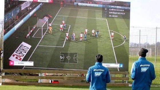 Revolucionarna ideja: Zašto je Hoffenheim instalirao džinovski ekran u trening centar
