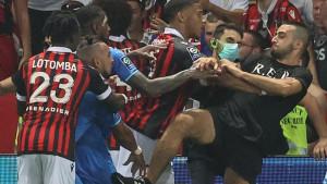 Igrači Marseillea nisu željeli da nastave utakmicu, povrede zadobili Payet i njegova dva saigrača