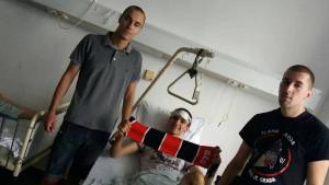 Tako se to radi: Predstavnici Fukara posjetili povrijeđenog navijača Sarajeva
