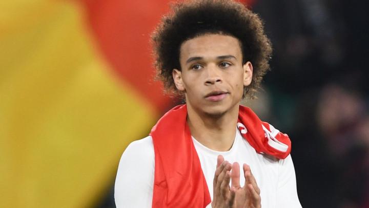 """Poštovanje na prvom mjestu: Sane se nije želio slikati sa Bayernovom """"desetkom"""""""