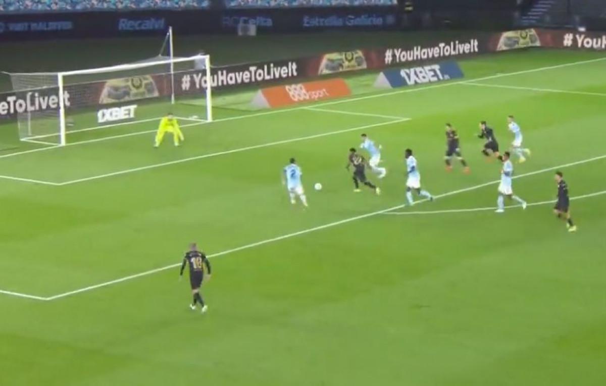 Nevjerovatni Ansu Fati zabio sjajan gol, ali Messijeva magija posebno raduje navijače Barce