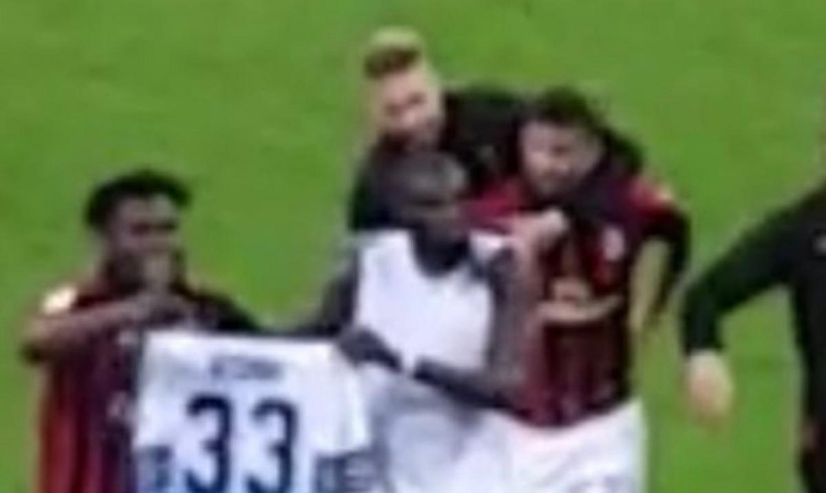 Acerbi odgovorio igračima Milana koji su slavili s njegovim dresom