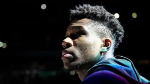 Bolesne objave Antetokounmpa: Uvrede za LeBrona i Kobea Bryanta, Bucksi nazvani rasističkim timom