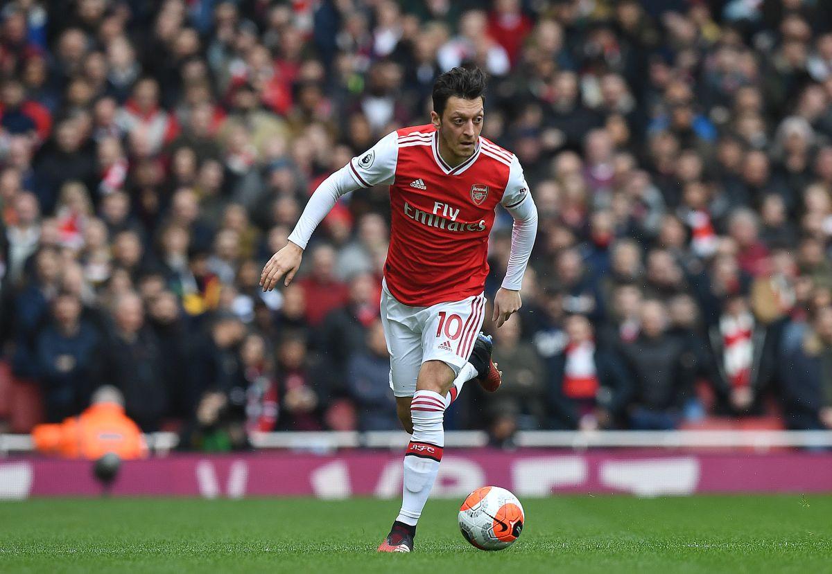 Agent: Ozil je sretan u Arsenalu