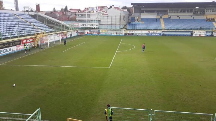 Pogledajte kako izgleda teren stadiona Pecara nakon silnih padavina
