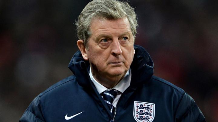 Roy Hodgson golmana birao bacanjem novčića
