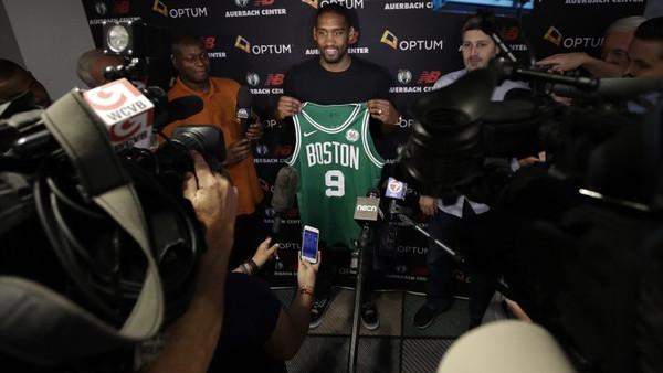 Košarkaš Boston Celticsa seli u Euroligu?