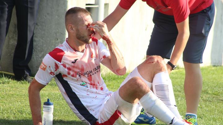 Užasne scene iz Doboja kod Kaknja: Hasić obliven krvlju odvezen u bolnicu