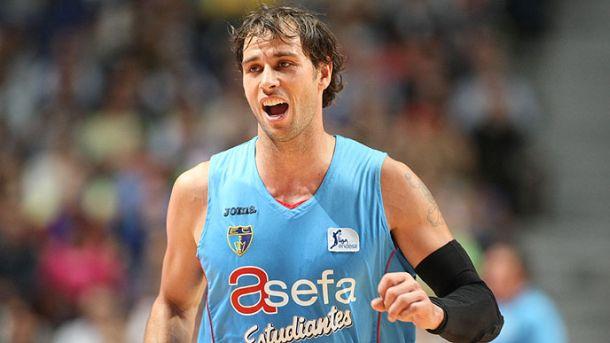 Carl English raskinuo ugovor sa Estudiantesom