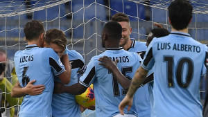 Lazio petardom došao do 11. uzastopne pobjede, ali sve je u sjeni sramote na tribinama