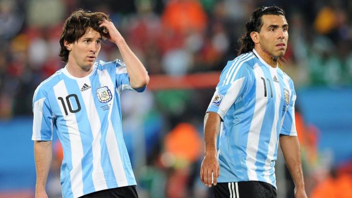 Tevez: Messi je u fudbalu učio samo jednu stvar i nije morao sate provoditi u teretani