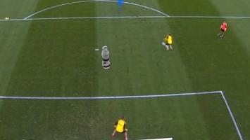 Čarolija u Dortmundu: Ovakav gol nikada nije viđen!
