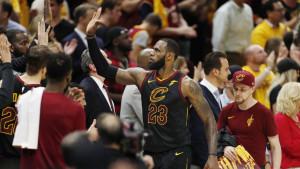 Čast svima, ali zna se ko je King: LeBron razmontirao Celticse!