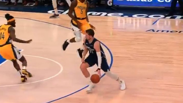 """Dončić """"nokautiran"""" letećim koljenom: Košarkaš Indiana Pacersa se nije mogao zaustaviti u zraku"""