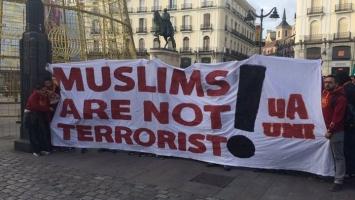 Navijači Galatasaraya: Muslimani nisu teroristi!
