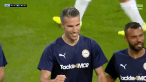 Ovo je noć Van Persieja: Nakon majstorske asistencije uslijedio i sjajan gol