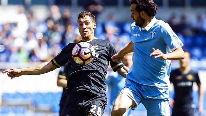 Jajalo produžuje ugovor sa Palermom