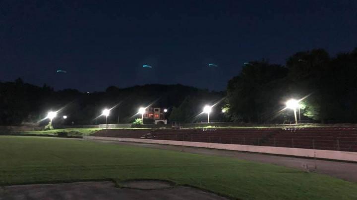 Na stadionu gdje je ponikao veliki Pape zasjali reflektori