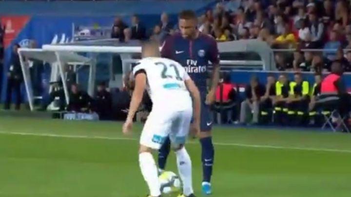 Neymar ponižava protivničke igrače