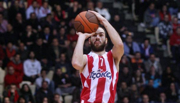 Fener ponižen od Cantua, Olympiacos do velike pobjede