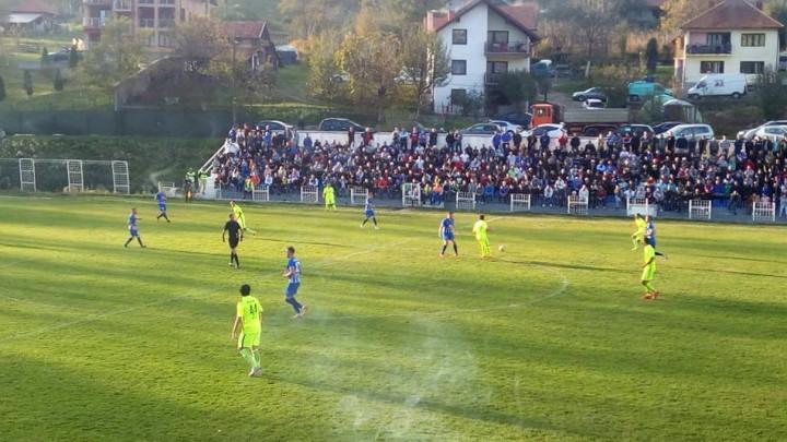 Dvije sporne situacije sa utakmice Sloga - Borac: Da li je Zoran Grbić donio ispravne odluke?