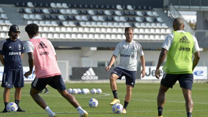 """Pirlo se jučer obradovao Morati, a danas je na treningu dobio još bolje """"iznenađenje"""""""