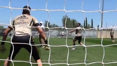 Spektakl Luke Jovića na treningu Real Madrida
