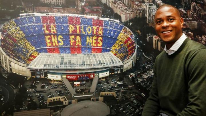 Kluivert: Mladi igrači ne smiju samo zbog novca napuštati La Masiju koja im sve nudi
