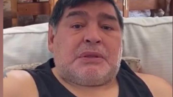 Diego Maradona tražio pomoć, pa zaplakao