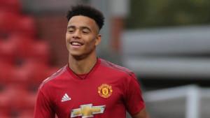 Sedamnaestogodišnjak starta za United i ulazi u historiju
