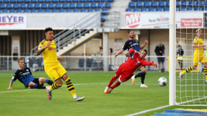 Borussia demolirala Paderborn!